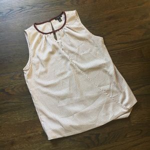 NWOT pretty maroon and white Ann Taylor SZ SP top